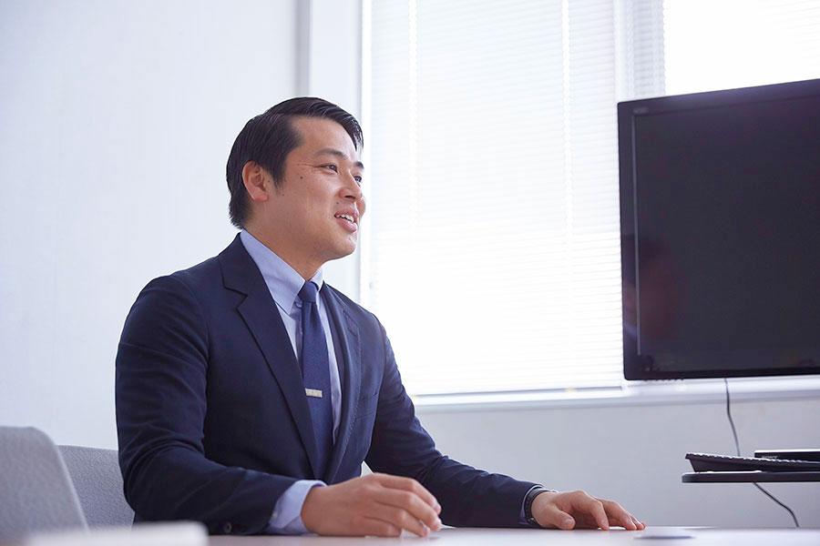 LEDIUS Contract Division / Sign Division / Sales Division / Osaka Sales Office Yukihiro Miyamoto