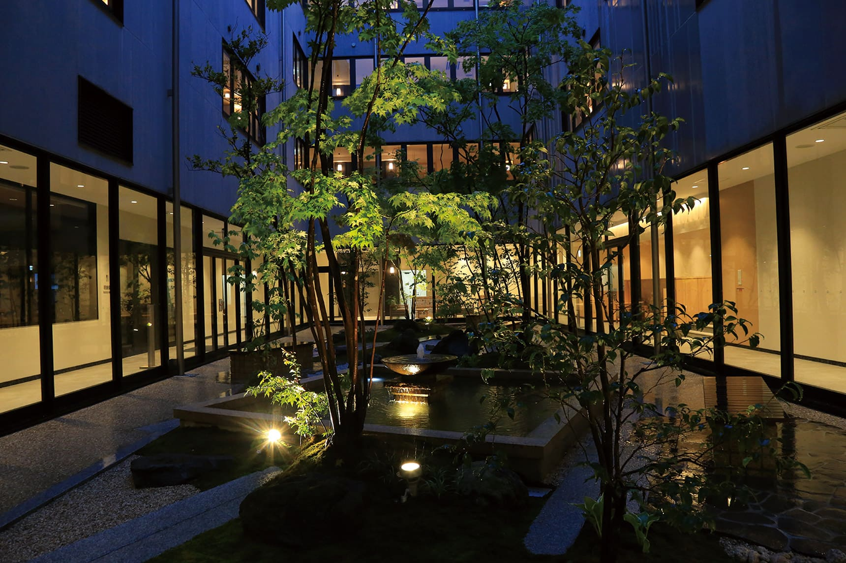 ガーデンアップライト2