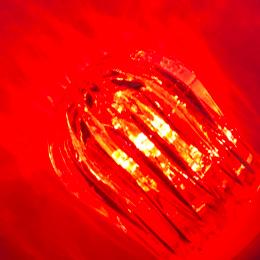 発光色 赤